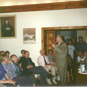1995 spotkanie PTE z J. Kuroniem